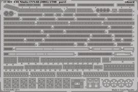 Eduard USS Nimitz CVN-68 (2005) (Trumpeter)