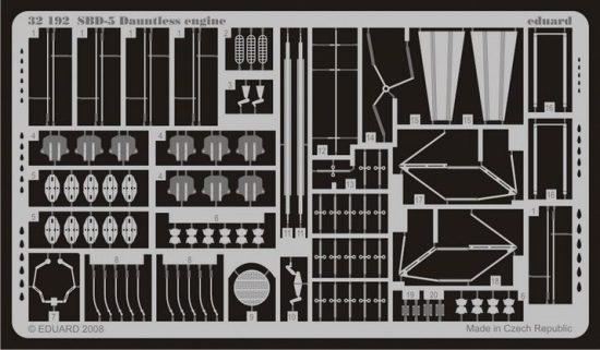 Eduard SBD-5 engine (Trumpeter)