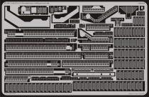 Eduard USS CV-14 Ticonderoga railings/catwalk (Trumpeter)