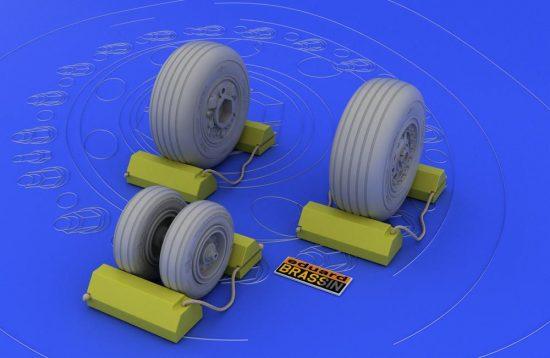 Eduard F-4J/S wheels (TAMIYA)