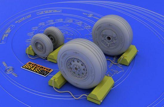 Eduard F-4J/S wheels (HASEGAWA)