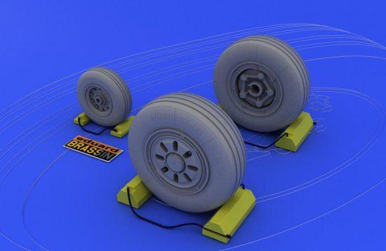 Eduard F-22A wheels (HASEGAWA)