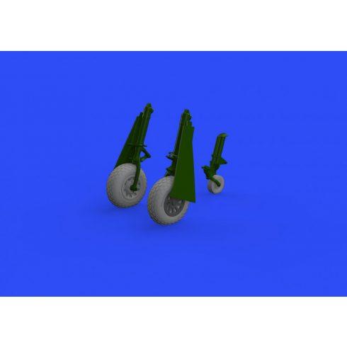 Eduard P-51D wheels oval tread (Eduard)