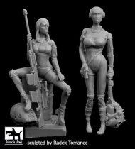 Black Dog Woman hunters cyborgs set