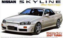 Fujimi Nissan Skyline R34 25GT Turbo makett