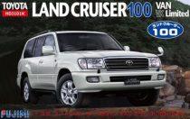 Fujimi Toyota Land Cruiser 100 Van VX Limited makett