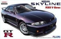 Fujimi Nissan Skyline R33 V-Spec makett
