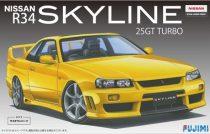 Fujimi Nissan Skyline 25GT Turbo R34 makett