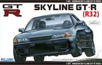 Fujimi Nissan Skyline GT-R R32 makett