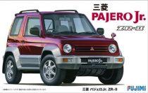 Fujimi Mitsubishi Pajero Jr ZR-II makett