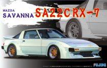 Fujimi Mazda Savanna SA22CRX-7 makett