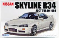 Fujimi Nissan Skyline R34 25GT makett