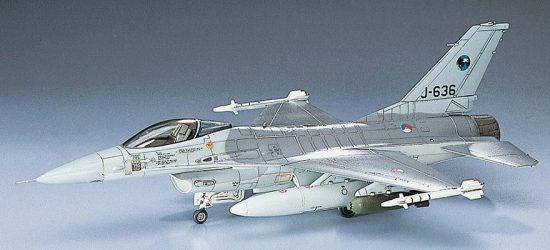 Hasegawa F-16A Plus Fighting Falcon makett
