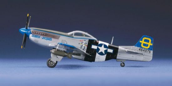Hasegawa P-51D Mustang makett