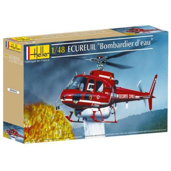 Heller Hubschrauber der Feuerwehr