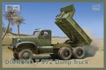 IBG DIAMOND T 972 Dump Truck makett