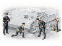 ICM German Tank Crew (1943-1945)