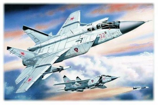 ICM MiG-31 Foxhound makett