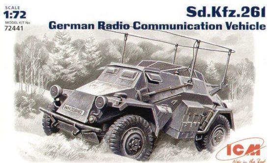 ICM Sd.Kfz.261 radio communication vehicle makett
