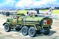 ICM ZIL-157 Soviet fuel truck makett