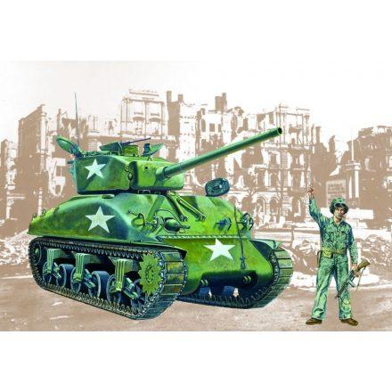 Italeri Sherman M4A1 makett