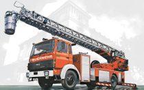 Italeri Iveco Magirus DLK 26-12 Fire Ladder Truck makett