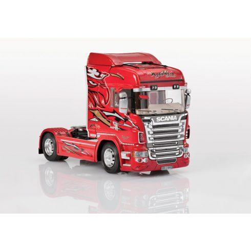Italeri Scania R560 V8 Higline makett