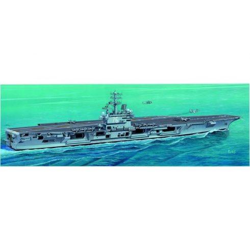 Italeri USS. Ronald Reagan makett