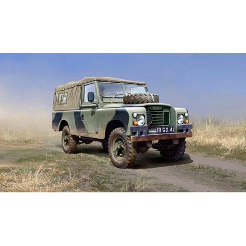 Italeri Land Rover 109 LWB makett
