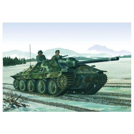 Italeri Jagdpanzer 38(t) HETZER makett