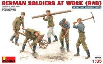 MiniArt German Soldiers at Work