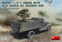MiniArt Soviet 1,5T Truck with M-4 Maxim AA makett