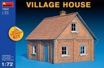 MiniArt Village House