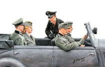 Masterbox German WWII staff car passengers