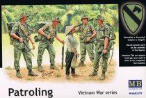 Masterbox Patroling. Vietnam War series
