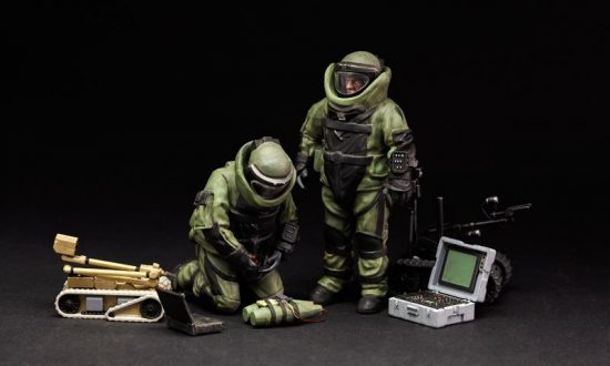 Meng Model U.S. Explosive Ordnance Disposal