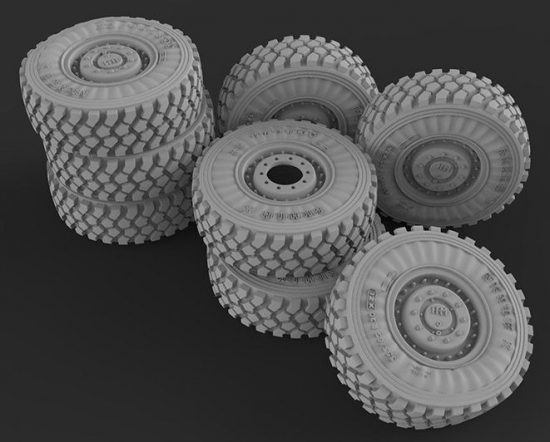 Meng Model U.S. Cougar 6x6 MRAP Vehicle Wheel Set