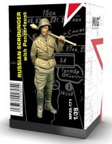 MIG Productions RUSSIAN SCROUNGER WITH PANZERFAUST