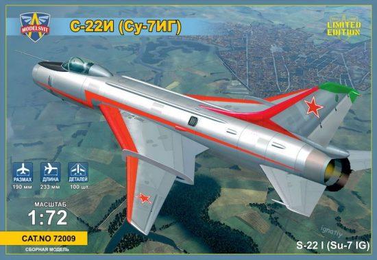 Modelsvit Sukhoi Su-22I (Su-7IG) Su-7BM with wings makett