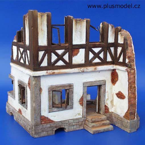 Plus Model German framed house