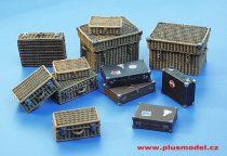 Plus Model Suitcase set