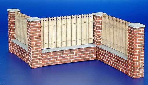 Plus Model Fence with underpinning