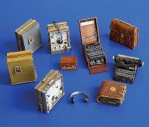 Plus Model German radio set with Enigma
