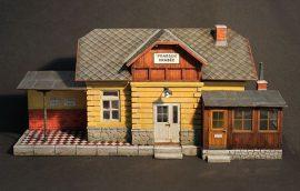 Plus Model Railway station