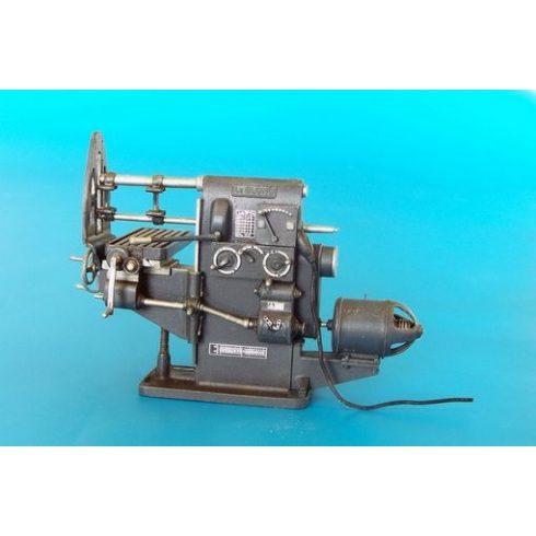 Plus Model Milling machine