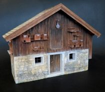 Plus Model Farmhouse