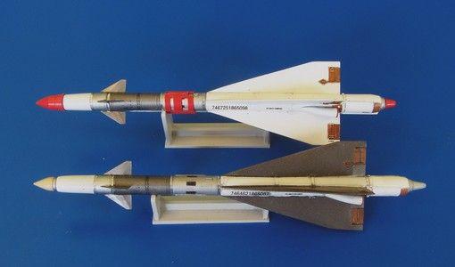 Plus Model Russian missile R-40RD AA-6 Acrid