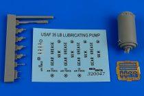 Aerobonus 35Lb. lubricating bucket pump USAF