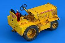 Aerobonus Minneapolis-Moline MT-40 Tow Tractor (USAF, US ARMY, CIV.)