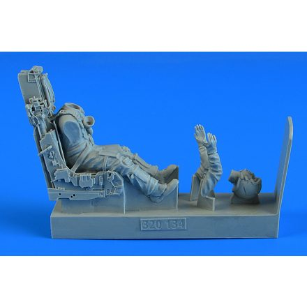 Aerobonus Modern British Fighter Pilot with ejection seat for Eurofighter EF-2000A Typhoon (Revell, Trumpeter)